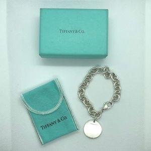 💛 Vintage Tiffany & Co Round Tag Charm Bracelet